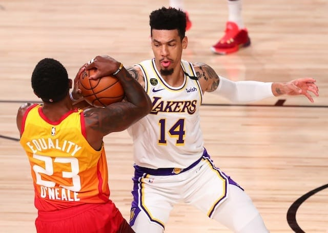 Lakers News Danny Green Focused On Defense Not Concerned About Slump Sportscity Com